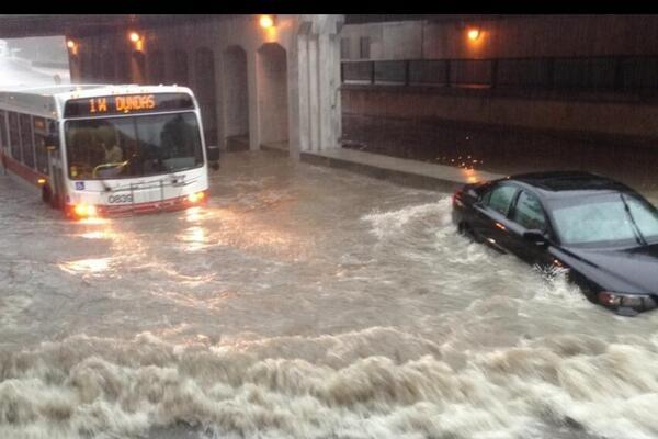 bus-and-car-in-stormy-weather-httpweatherpeace-blogspot-ca201307toronto-flooding-and-censored-weather-html
